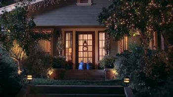 Walmart TV Spot, 'Holidays: Last Minute Gift: Nailed It' Song by Aretha Franklin - Thumbnail 1