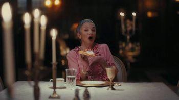 Little Caesars Pepperoni Cheeser! Cheeser! TV Spot, 'Tastes Like a Million Bucks: Delivery' - Thumbnail 6
