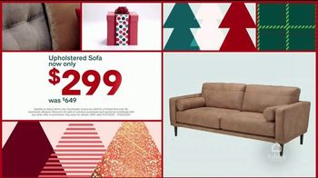 Ashley HomeStore Black Friday Weekend Sale TV Spot, 'Continued Doorbusters: Queen Bed and Sofa' - Thumbnail 5