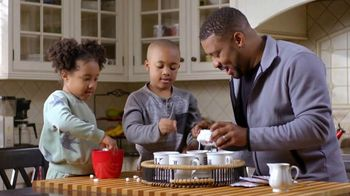 Petro TV Spot, 'Cozy Moments at Home'
