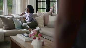 Snickers Peanut Brownie Squares TV Spot, 'Relationship Problems' - Thumbnail 3
