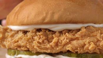 Popeyes Chicken Sandwich TV Spot, '@LadyT' - Thumbnail 5