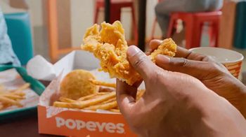 Popeyes Rip'n Chicken Big Box TV Spot, '@jurnirayne'