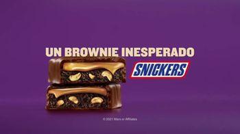 Snickers Peanut Brownie TV Spot, 'Problemas inesperados: familia' [Spanish] - Thumbnail 10