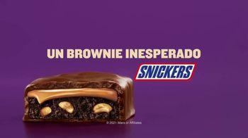 Snickers Peanut Brownie TV Spot, 'Problemas inesperados: familia' [Spanish] - Thumbnail 9