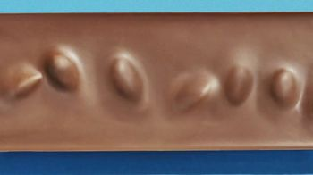 Hershey's Milk Chocolate With Whole Almonds TV Spot, 'Delightful Bumps' - Thumbnail 7