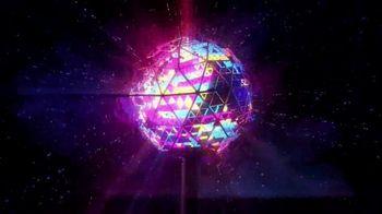 One Times Square TV Spot, 'Epicenter Celebration' - Thumbnail 10