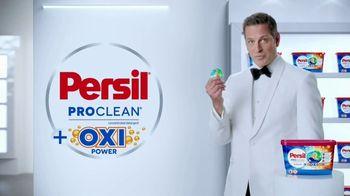 Persil ProClean + OXI TV Spot, 'Descubre una limpieza profunda' con Peter Hermann [Spanish] - Thumbnail 2