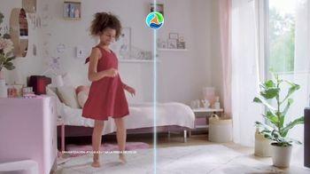Persil ProClean + OXI TV Spot, 'Descubre una limpieza profunda' con Peter Hermann [Spanish] - Thumbnail 6