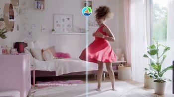 Persil ProClean + OXI TV Spot, 'Descubre una limpieza profunda' con Peter Hermann [Spanish] - Thumbnail 7