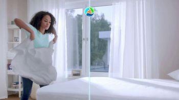 Persil ProClean + OXI TV Spot, 'Descubre una limpieza profunda' con Peter Hermann [Spanish] - Thumbnail 8