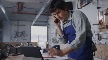 Comcast Business TV Spot, 'Resolutions: Internet + 1 Voice Line for $35 a Month' - Thumbnail 7