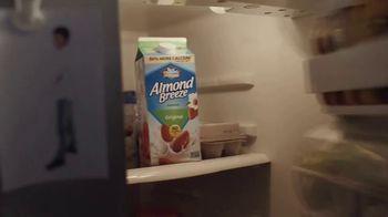 Almond Breeze Almondmilk TV Spot, 'Irresistibly Delicious' - Thumbnail 2