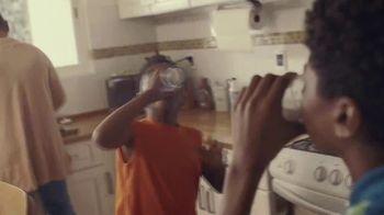 Almond Breeze Almondmilk TV Spot, 'Irresistibly Delicious' - Thumbnail 6