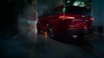 2021 Toyota Sienna TV Spot, 'Lucky' [T1] - Thumbnail 8