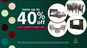 Ashley HomeStore New Years Clearance Sale TV Spot, 'Up to 40% Off and Payment Assistance' - Thumbnail 5