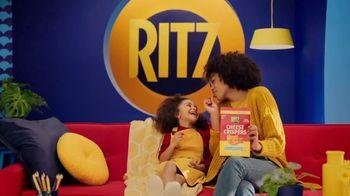 Ritz Crackers Cheese Crispers TV Spot, 'Couch' Featuring Sofia Vergara - Thumbnail 1