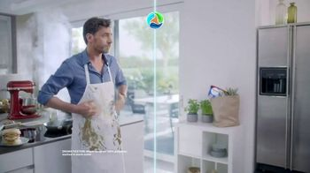 Persil ProClean OXI Power Discs TV Spot, 'A Deep Clean Delivered' - Thumbnail 4