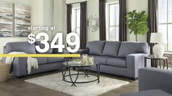 Ashley HomeStore Sale + Clearance Event TV Spot, 'Dining Tables and Sofa Savings' - Thumbnail 5