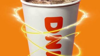 Dunkin' Extra Charged Coffee TV Spot, 'Extra potente' [Spanish] - Thumbnail 2