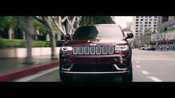 Jeep Big Finish 2020 TV Spot, 'What Makes Jeep' [T2] - Thumbnail 6