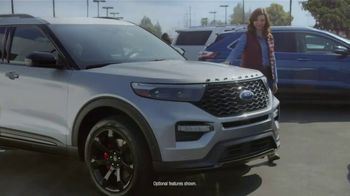 Ford Built for the Holidays Sales Event TV Spot, 'Rear View' [T2] - Thumbnail 3