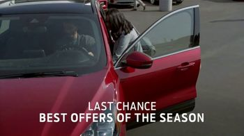 Ford Built for the Holidays Sales Event TV Spot, 'Rear View' [T2] - Thumbnail 5