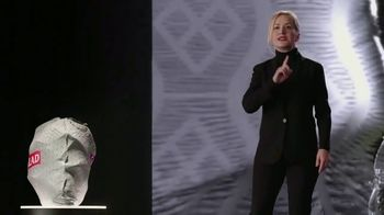 Glad ForceFlex Plus TV Spot, 'Kitchen Keynote' Featuring Angela Kinsey - Thumbnail 5