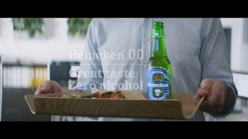 Heineken 0.0 TV Spot, 'Now You Can: Lunch at the Office' - Thumbnail 5