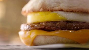 McDonald's Sausage McMuffin With Egg TV Spot, 'Hay gente' [Spanish] - Thumbnail 3