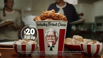 KFC $20 Fill Up TV Spot, 'Colonel Bucket: Free Delivery' - Thumbnail 1