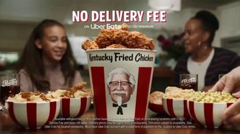 KFC $20 Fill Up TV Spot, 'Colonel Bucket: Free Delivery' - Thumbnail 10