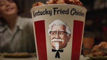 KFC $20 Fill Up TV Spot, 'Colonel Bucket: Free Delivery'