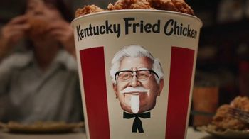 KFC $20 Fill Up TV Spot, 'Colonel Bucket: Free Delivery' - Thumbnail 6