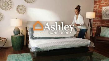 Ashley HomeStore New Years Mattress Sale TV Spot, 'Extended: 0% Interest and $300 Ashley Cash' - Thumbnail 1