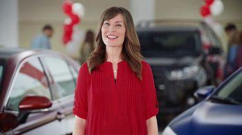 Toyota Ready Set Go! TV Spot, 'All the Season Has to Offer: 2018 RAV4 LE' - Thumbnail 6
