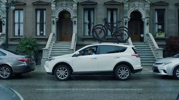 Toyota Ready Set Go! TV Spot, 'All the Season Has to Offer: 2018 RAV4 LE' - Thumbnail 2