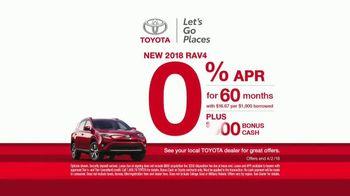 Toyota Ready Set Go! TV Spot, 'All the Season Has to Offer: 2018 RAV4 LE' - Thumbnail 4