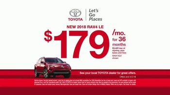 Toyota Ready Set Go! TV Spot, 'All the Season Has to Offer: 2018 RAV4 LE' - Thumbnail 5