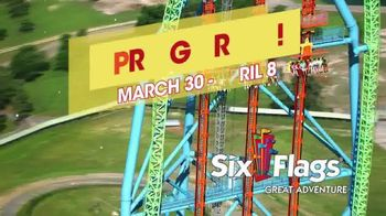 Six Flags TV Spot, 'Spring Break: A Big Deal' - Thumbnail 3