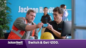 Jackson Hewitt TV Spot, 'Construction Worker: Switch' - Thumbnail 7
