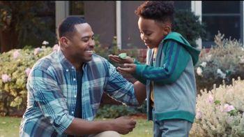 Kinder Joy TV Spot, 'Comer y jugar' canción de Len [Spanish] - Thumbnail 4