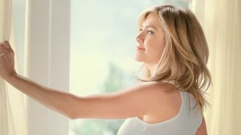 Aveeno Positively Radiant TV Spot, 'Get Your Glow On' Ft. Jennifer Aniston - Thumbnail 1