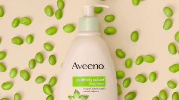 Aveeno Positively Radiant TV Spot, 'Get Your Glow On' Ft. Jennifer Aniston - Thumbnail 3