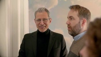 Apartments.com TV Spot, 'Unwelcome Mats' Featuring Jeff Goldblum - Thumbnail 7
