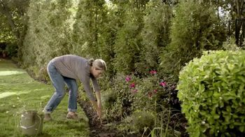 Preen Weed Preventer TV Spot, 'Free Yourself From Weeding' - Thumbnail 1