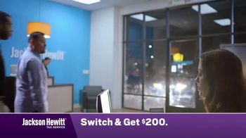 Jackson Hewitt Tax Service TV Spot, 'Walk In' - Thumbnail 2