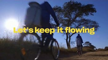 Dropbox TV Spot, 'Empowering Energy: World Bicycle Relief' Song by Woodkid - Thumbnail 10