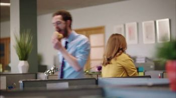 Red Robin To-Go and Catering TV Spot, 'Gourmet Burger Bar' - Thumbnail 7