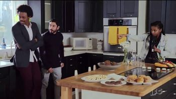 Zillow TV Spot, 'IFC: Comedy Drop' Featuring Sonia Denis - Thumbnail 7